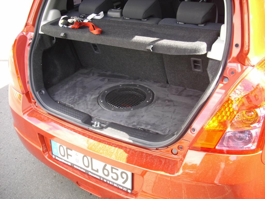 Kofferraumausbau Fur Mehr Bass